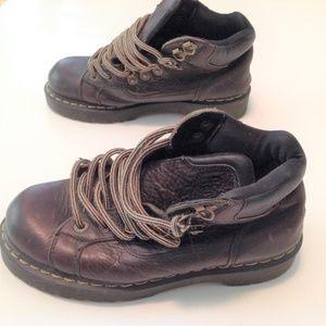 Dr. Martens Boots M 8 W 9 9728